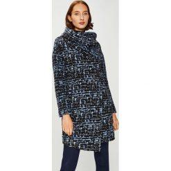 Answear - Płaszcz Femifesto. Niebieskie płaszcze damskie wełniane marki Reserved. W wyprzedaży za 339,90 zł.