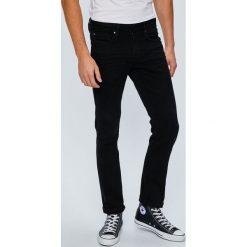 Guess Jeans - Jeansy Angels. Czarne jeansy męskie relaxed fit Guess Jeans. W wyprzedaży za 299,90 zł.