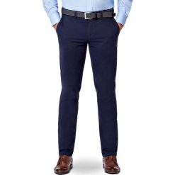 Spodnie Granatowe Chino Tommy II. Niebieskie chinosy męskie marki LANCERTO, z bawełny. Za 299,90 zł.