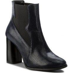 Botki LASOCKI - 303-2 Granatowy. Niebieskie buty zimowe damskie Lasocki, z materiału, na obcasie. W wyprzedaży za 140,00 zł.