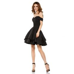 Czarna Elegancka Imprezowa Sukienka z Odkrytymi Ramiona. Różowe sukienki balowe marki Jestes Modna, na wesele, xl, w koronkowe wzory, z koronki, z klasycznym kołnierzykiem, z krótkim rękawem, mini, dopasowane. Za 199,90 zł.