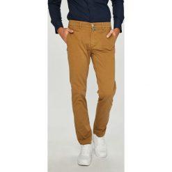 Pierre Cardin - Spodnie. Szare chinosy męskie marki Pierre Cardin, z bawełny. W wyprzedaży za 379,90 zł.