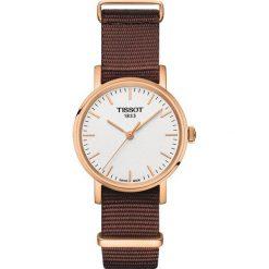PROMOCJA ZEGAREK TISSOT EVERYTIME LADY T109.210.37.031.00. Białe zegarki damskie TISSOT, ze stali. W wyprzedaży za 880,00 zł.
