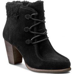 Botki UGG - W Analise 1008620 W/Blk. Szare buty zimowe damskie marki Ugg, z materiału, z okrągłym noskiem. W wyprzedaży za 469,00 zł.
