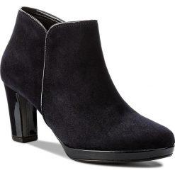 Botki GABOR - 76.670.86 Atlantik. Niebieskie buty zimowe damskie Gabor, z lakierowanej skóry, na obcasie. W wyprzedaży za 359,00 zł.