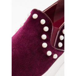 Creepersy damskie: Glamorous Półbuty wsuwane burgundy