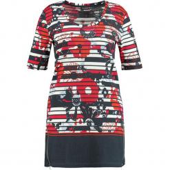 Sukienka w kolorze granatowo-czerwonym. Czerwone sukienki mini marki SAMOON, w kwiaty, z bawełny, z okrągłym kołnierzem, proste. W wyprzedaży za 99,95 zł.