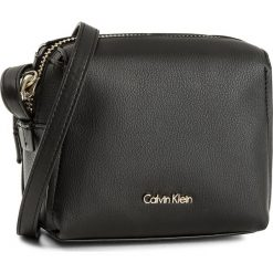Listonoszki damskie: Torebka CALVIN KLEIN BLACK LABEL - Downton Small Cross K60K603902  001