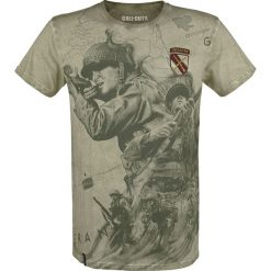 Call Of Duty WWII T-Shirt oliwkowy. Zielone t-shirty męskie z nadrukiem marki QUECHUA, m, z elastanu. Za 74,90 zł.