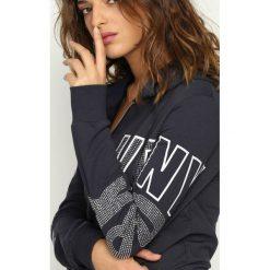 Bluzy damskie: Granatowa Bluza Lovin Hood