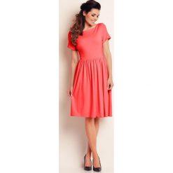 Sukienki: Koralowa Lekka Sukienka Midi z Marszczonym Dołem