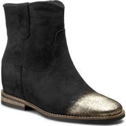 Botki CARINII - B3684/F 360-000-PSK-B89. Czarne buty zimowe damskie Carinii, z materiału, na obcasie. W wyprzedaży za 259,00 zł.