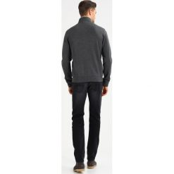 Armani Exchange Kardigan dark grey heather. Szare swetry rozpinane męskie Armani Exchange, l, z elastanu. Za 459,00 zł.