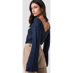 Rut&Circle Sweter z dekoltem na plecach Vanessa - Navy. Szare swetry klasyczne damskie marki Vila, l, z dzianiny, z okrągłym kołnierzem. Za 80,95 zł.