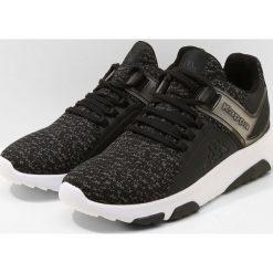 Kappa TACKLE Obuwie treningowe black/grey. Czarne buty sportowe męskie Kappa, z materiału. Za 209,00 zł.