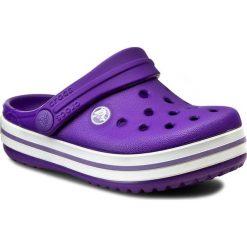 Klapki CROCS - Crocband Kids 10998 Ultraviolet/White. Fioletowe sandały chłopięce Crocs, z tworzywa sztucznego. Za 139,00 zł.