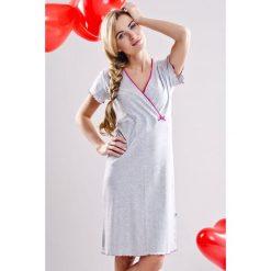 Koszula nocna dla ciężarnych i karmiących Beatricia. Czerwone bielizna ciążowa marki Astratex, w koronkowe wzory, z wiskozy. Za 86,99 zł.