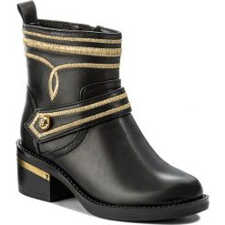 Botki GUESS - Fashion2 FLFS23 LEA10 BLACK. Czarne botki damskie skórzane marki Guess. W wyprzedaży za 459,00 zł.