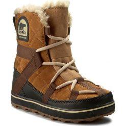 Śniegowce SOREL - Glacy Explorer Shortie NL2079 Elk 286. Brązowe buty zimowe damskie Sorel, z gumy. W wyprzedaży za 469,00 zł.