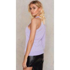 NA-KD Bluza na jedno ramię - Purple. Fioletowe bluzy damskie marki NA-KD, z bawełny. W wyprzedaży za 36,59 zł.