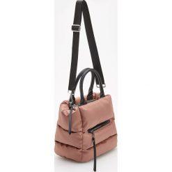 Pikowana torebka z paskiem na ramię - Różowy. Czerwone torebki klasyczne damskie Reserved, pikowane. Za 149,99 zł.
