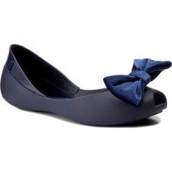 Baleriny MELISSA - Queen VII Ad 31980 Navy Blue. Szare meliski damskie marki Melissa, z gumy. W wyprzedaży za 189,00 zł.