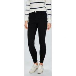 Review - Jeansy. Szare jeansy damskie skinny marki Review, l, z tkaniny, z okrągłym kołnierzem. W wyprzedaży za 129,90 zł.