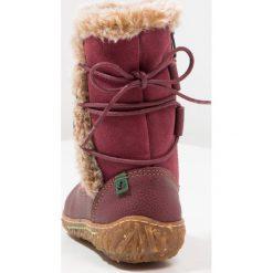 El Naturalista LUX SOFT Kozaki rioja/nido. Brązowe buty zimowe damskie marki El Naturalista. W wyprzedaży za 311,40 zł.