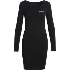 Czarna Sukienka Apathy. Sukienki małe czarne marki Born2be, s. Za 44,99 zł.