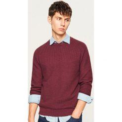 Sweter z dzianiny o strukturalnym splocie - Bordowy. Niebieskie swetry klasyczne męskie marki Reserved, l, ze splotem. Za 119,99 zł.