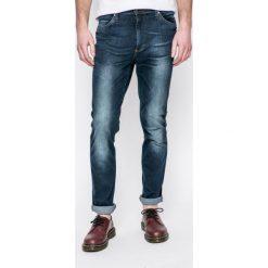 Mustang - Jeansy. Czarne jeansy męskie relaxed fit marki Mustang, l, z bawełny, z kapturem. W wyprzedaży za 179,90 zł.