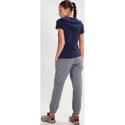 Jack Wolfskin Tshirt z nadrukiem midnight blue. Niebieskie t-shirty damskie Jack Wolfskin, xl, z nadrukiem, z elastanu. Za 179,00 zł.