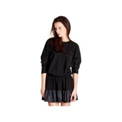 SUKIENKA KATE. Czarne sukienki z falbanami marki Blackbow, oversize. Za 320,00 zł.
