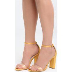 Żółte Sandały Roses Are Red. Czerwone sandały damskie na słupku marki Born2be, z materiału, na wysokim obcasie. Za 89,99 zł.
