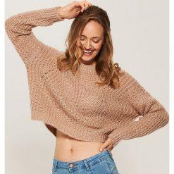 Krótki sweter o luźnym splocie - Różowy. Czerwone swetry klasyczne damskie marki House, l, ze splotem. Za 89,99 zł.