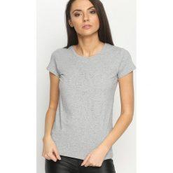 Szary T-shirt Typical. Szare t-shirty damskie marki Born2be, l. Za 34,99 zł.