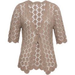 Swetry damskie: Sweter rozpinany szydełkowy bonprix brunatny