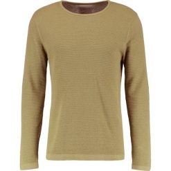 Swetry klasyczne męskie: RVLT Sweter green