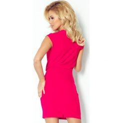 Elena Sukienka z zakładanym dekoltem - malinowa. Różowe sukienki mini marki numoco, l, z długim rękawem, oversize. Za 145,00 zł.
