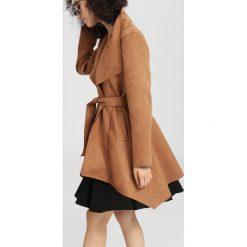 Płaszcze damskie pastelowe: Camelowy Płaszcz Never Lose
