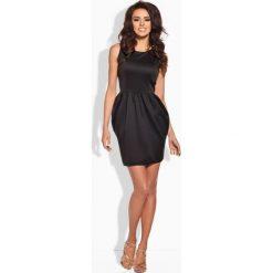 Sukienki balowe: Klasyczna sukienka w formie bombki czarna