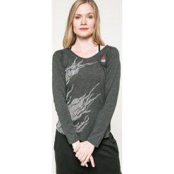Reebok - Bluzka. Szare bluzki z odkrytymi ramionami marki Reebok, l, z dzianiny, casualowe, z okrągłym kołnierzem. W wyprzedaży za 139,90 zł.
