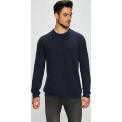 Produkt by Jack & Jones - Sweter. Czarne swetry klasyczne męskie PRODUKT by Jack & Jones, l, z bawełny, z okrągłym kołnierzem. Za 119,90 zł.