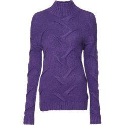 Sweter  w warkocze bonprix lila. Fioletowe swetry klasyczne damskie marki bonprix, z dzianiny. Za 99,99 zł.