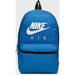 Nike Sportswear - Plecak. Szare plecaki damskie Nike Sportswear, z poliesteru. Za 119,90 zł.