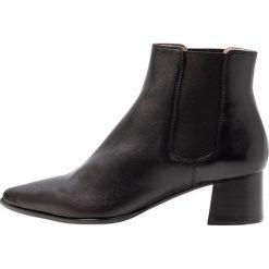 Unisa JISTE Ankle boot black. Czarne botki damskie skórzane marki Unisa. Za 569,00 zł.