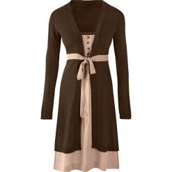 Sukienka dzianinowa bonprix brązowo-beżowy. Niebieskie sukienki dzianinowe marki bonprix, z nadrukiem. Za 99,99 zł.
