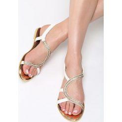Białe Sandały Nosegay. Białe sandały damskie Born2be, z materiału, na obcasie. Za 79,99 zł.