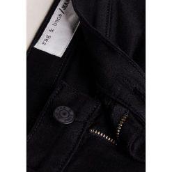 Rag & bone Jeansy Slim Fit black hempton. Czarne rurki damskie rag & bone. W wyprzedaży za 369,50 zł.