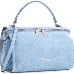 Torebka COCCINELLE - BA1 Atsuko Suede E1 BA1 18 01 01 Azur 021. Niebieskie torebki klasyczne damskie marki Coccinelle, w ażurowe wzory, ze skóry, duże. W wyprzedaży za 849,00 zł.